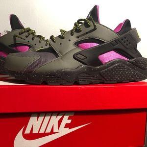Nike Air Hurache Run SU Running Shoes River Rock